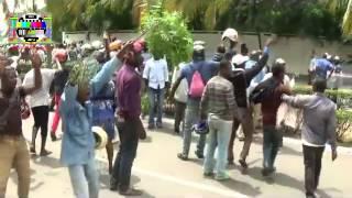 Les Zémidjan (taxi-moto) en grève à Lomé subissent une violente répression de la police