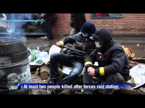 Clashes in Ukrainian city of Slavyansk.