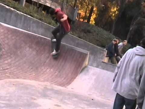 An afternoon with Ashley Marion and Bobby Light at WJ Skatepark. Eugene, Oregon.