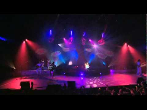 Alizee (En Concert) - L'E-mail a des ailes (видео)