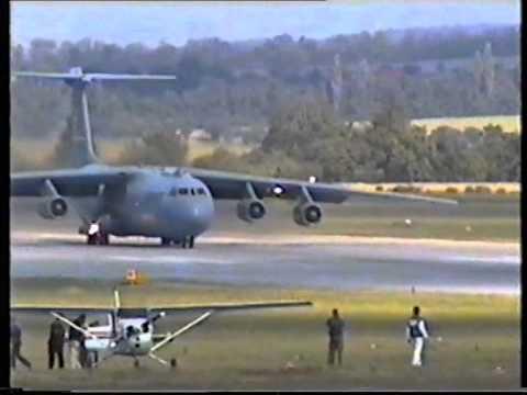 2x Lockheed C-141 Starlifter (The...