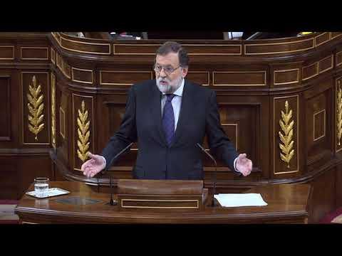 En el Pleno del Congreso, el presidente del Gobier...