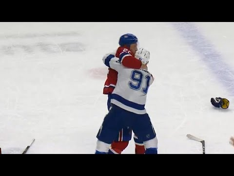 Video: Stamkos takes exception after Alzner clips Kucherov