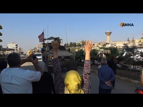Video - Βομβαρδισμό με... πατάτες από εξαγριωμένους Κούρδους δέχθηκαν κατά την αποχώρησή τους τα αμερικανικά στρατεύματα (vid)