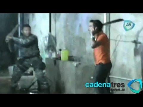 Joven se resiste a arresto policiaco con machetazos en Campeche