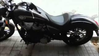 6. Victory ZACH NESS VEGAS signature 21800euros-motissimo barcelona motos ocasión.
