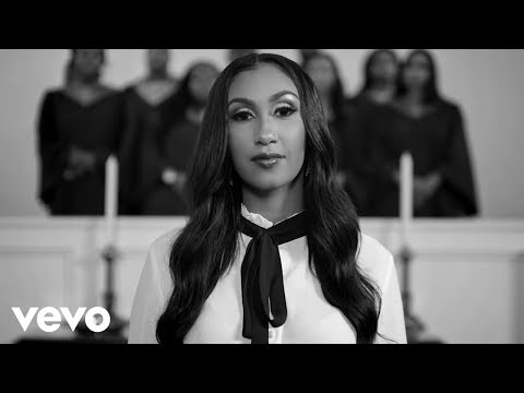 Download Queen Naija - Mama's Hand HD Mp4 3GP Video and MP3