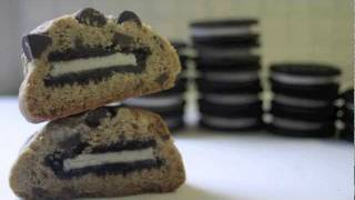 Oreo Stuffed Chocolate Chip Cookies!