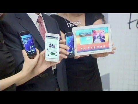 سامسونغ تصبح أكبر مصنع للهواتف النقالة في العالم - فيديو