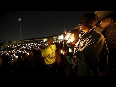 ΗΠΑ: Ολονυκτία για τα θύματα της επίθεσης σε κέντρο ατόμων με ειδικές ανάγκες