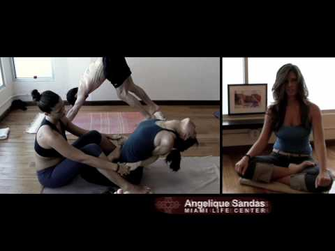 Ashtanga Yoga Miami Life Center Kino MacGregor Angelique Sandas Allaine Stricklen video