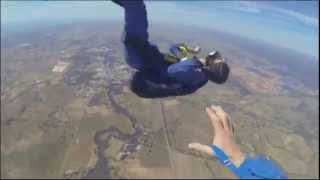Guy has seizure while skydiving (BF4 Warsaw edition)