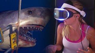 GIRLFRIEND PLAYS SHARK ATTACK ON PLAYSTATION VR