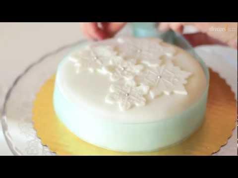 Décorer un gâteau de Noël