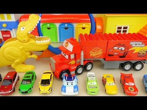 Dinosaur and Poli cars round track play car toys