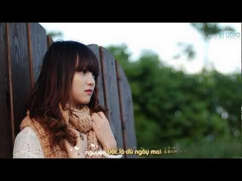 Bài Hát Tặng Em - Hoàng Tôn [Video Lyric / Kara] - Thời lượng: 3:41.