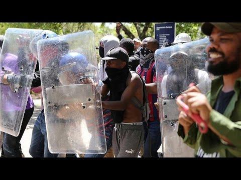 Ν.Αφρική: Νέες συγκρούσεις αστυνομικών με φοιτητές