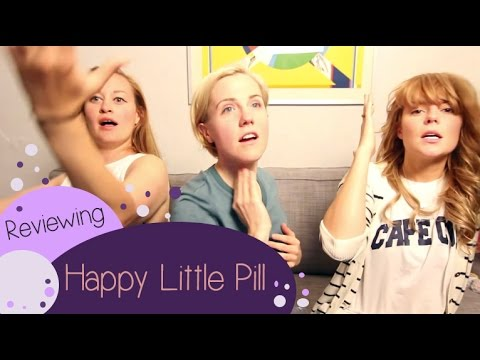 REVIEWING TROYE SIVAN%27S HAPPY LITTLE PILL %28w%2F MAMRIE %26 HANNAH%29 %2F%2F Grace Helbig