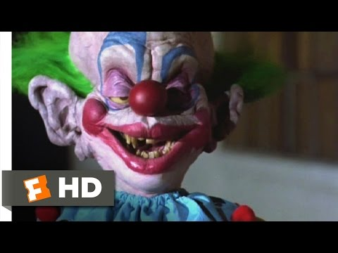 Killer Klowns from Outer Space (4/11) Movie CLIP - Gonna Knock My Block Off? (1988) HD