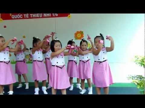 Chồi 2 múa Thầy cô cho em mùa xuân - mầm non Hoa Hồng Đỏ quận 9