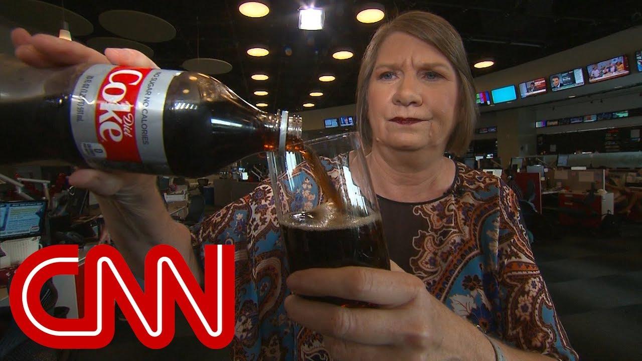 Trump caught on tape: Get me a Coke, please
