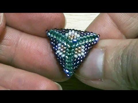 BeadsFriends: Peyote Stitch triangle - How to make post earrings with Peyote Stitch triangles