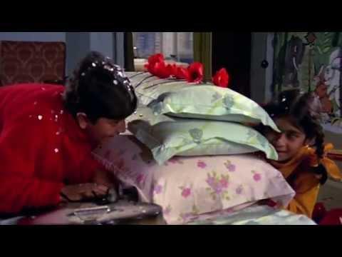 Video Phoolon Ka Taaron Ka Sabka Kehna Hai - Hare Rama Hare Krishna - Lata - HD download in MP3, 3GP, MP4, WEBM, AVI, FLV January 2017