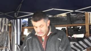 #587 Walnussveredlung 2012 - Verschliessung der Veredlungsstelle mit Wachsschicht
