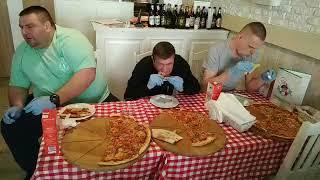 1500 zł za zjedzenie najostrzejszej pizzy w Polsce. Tych trzech podjęło wyzwanie