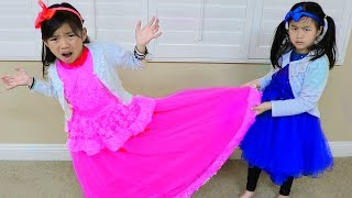 Video Emma & Jannie Pretend Play Making Princess Dress w Sewing Machine Toy MP3, 3GP, MP4, WEBM, AVI, FLV April 2019