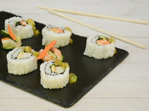 Sushi Uramaki Fatto in Casa - Rotolini di sushi con alga - Ricette che Passione