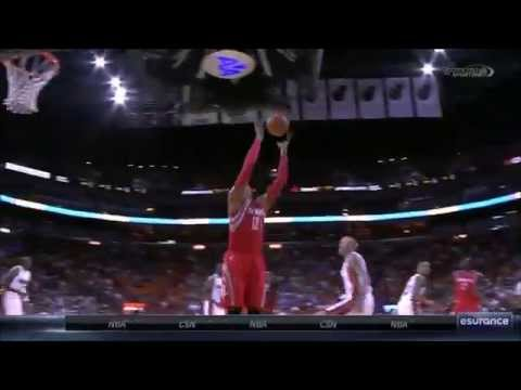Dwight Howard dunks on Luol Deng, Birdman