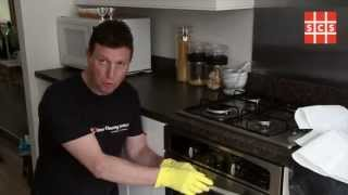 http://www.supreme-cleaning.co.uk Easiest way to clean an oven. We show you a simple and effective way to clean an oven in the home or commercially using ...