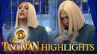 Tawag ng Tanghalan: Vice Ganda takes off his clothes