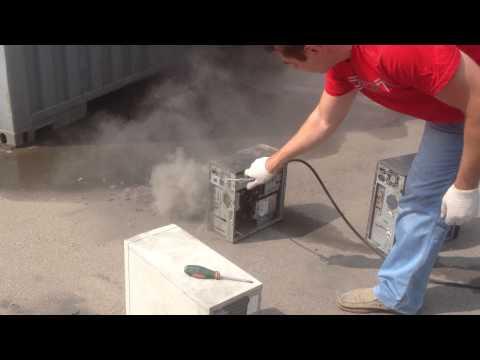 телефоны, как чистить системный блок от пыли без пылесоса старый ресивер