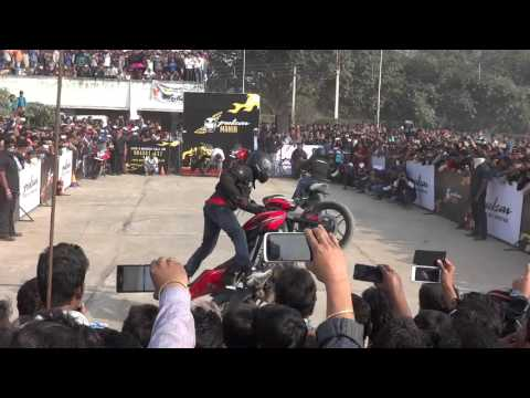 Video Pulsar Mania Stunt Show By Team Ghost Riderzz at Berhampore 1 download in MP3, 3GP, MP4, WEBM, AVI, FLV January 2017