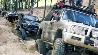 Just a short video of a Nissan Patrol GU, Navara and Jeep Wrangler JK going up camp road / Land Cruiser Mountain Park. Jeep Wrangler JK (37 BFGoodrich KM2 tyres, 3 inch lift, ARB Lockers, AEV bumpers, J.W. Speaker lights)Nissan Patrol GU (35 Inch tyres, uknown lift)Nissan Navara (33 inch tyres, 3 inch lift, No lockers)Mad Jeeps Shophttp://www.madjeeps.com.auFor more Go4x4 videos please subscribe to our channel:http://www.youtube.com/go4x4mediaOr follow us on Facebook:http://www.facebook.com/go4x4mediaInstagram:https://instagram.com/go_4x4/