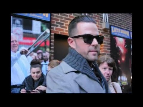 WATCH: David Nail greets fans outside Letterman's studio