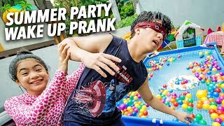 Video SUMMER PARTY WAKE UP PRANK ON BRO!! | Ranz and Niana MP3, 3GP, MP4, WEBM, AVI, FLV Mei 2019