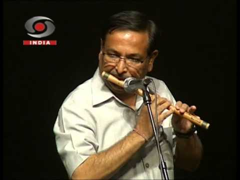Video Playing Ye Sham Mastani on flute at Kamani Auditorium download in MP3, 3GP, MP4, WEBM, AVI, FLV January 2017