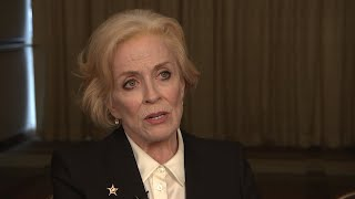 "Holland Taylor and the ""Mr. Mercedes"" cast share what keeps them motivated. (Aug. 18)Subscribe for more Arts and Entertainment News: http://smarturl.it/AssociatedPress