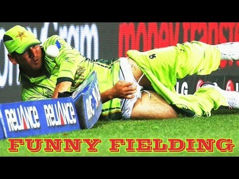 Download Top 10 Funny Fielding on Boundary Line in Cricket History Ever HD Mp4 3GP Video and MP3