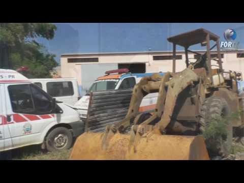 Maquinarios e recuperação de estradas em Carlópolis