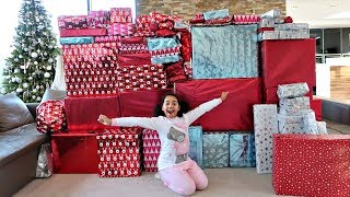 Video Christmas Morning Tiana And Family Opening Presents - Toys AndMe Special MP3, 3GP, MP4, WEBM, AVI, FLV Agustus 2018