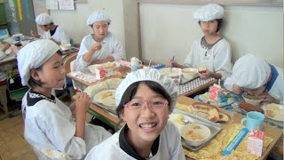 Video School Lunch in Japan - It's Not Just About Eating! MP3, 3GP, MP4, WEBM, AVI, FLV April 2019