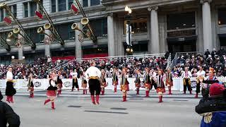 Парад до Дня подяки в Чикаго відкривала українська