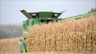 NEW John Deere S690i - Corn Harvest