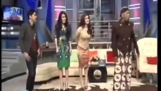 Video Bukan empat mata - 19 Feb 2014 - Al Ghazali, Alisia Rinninta, RAN Part 1 MP3, 3GP, MP4, WEBM, AVI, FLV Januari 2019