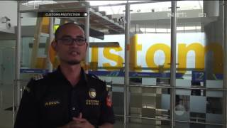Video Penyelundupan Sabu 930 Gram di Gagang Koper Wanita Cantik - Customs Protection MP3, 3GP, MP4, WEBM, AVI, FLV Mei 2019