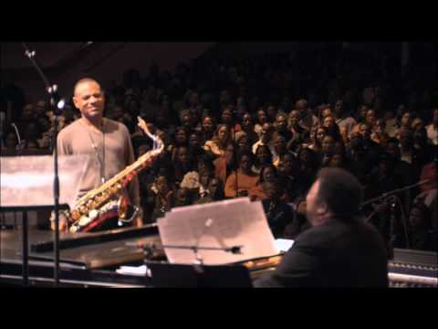 Kirk Whalum and George Duke – Because You Loved Me